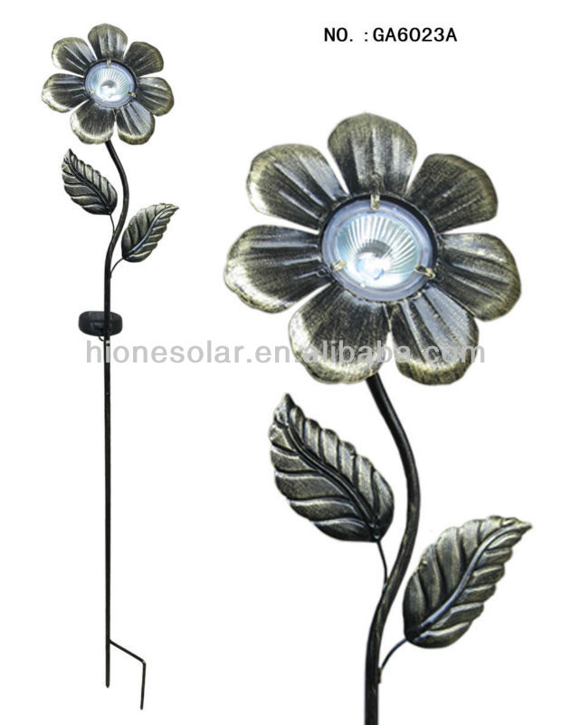 Classical Iron Garden Flower Solar Lighting