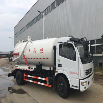 china dongfeng 5000L 6 wheeler suction type sewer scavenger