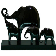 Zoo Animal Figurines/ Resin Elephant Sculpture