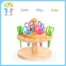 Wholesale high quality preschool furniture kids rotating wooden scissors display case