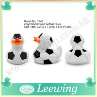 Specialized Unique Rubber Soccer Football Bath Duck Gift