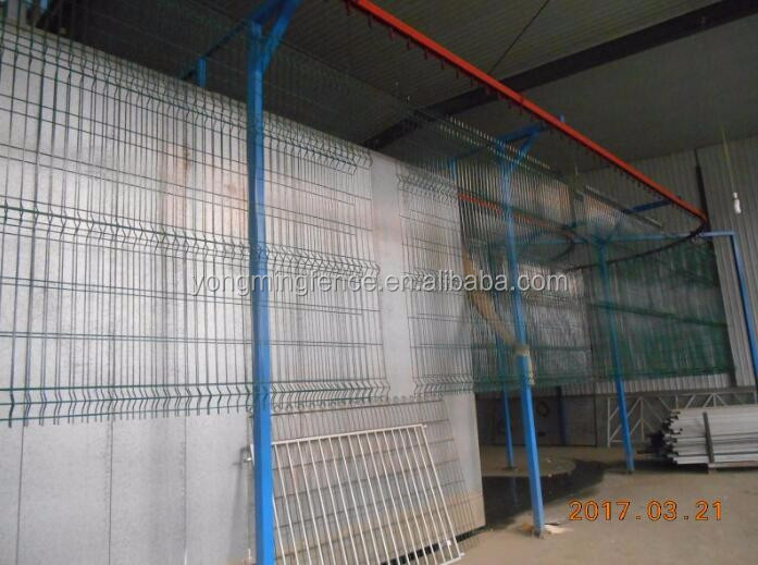 PVC Coated / Powder Coated Welded Metal Security Safety Mesh Fence