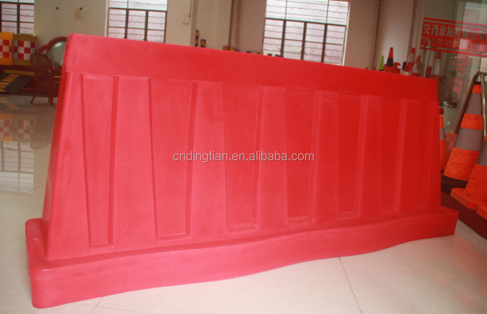 temporary traffic safety barrier plastic barrier road water filled block