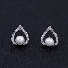 2017 new designs wedding accessories brass cz stud bride cheap pearl earrings