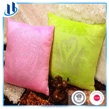 2015 Newest Hot Sale Promotional Luxury Polyester Cushion with Strass 40x40cm 50x50cm