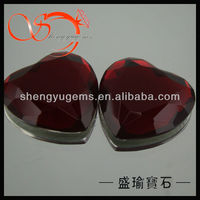 "1"" red glass heart gems red heart shaped glass stones aaa Fashion diy Heat shape glass stones"
