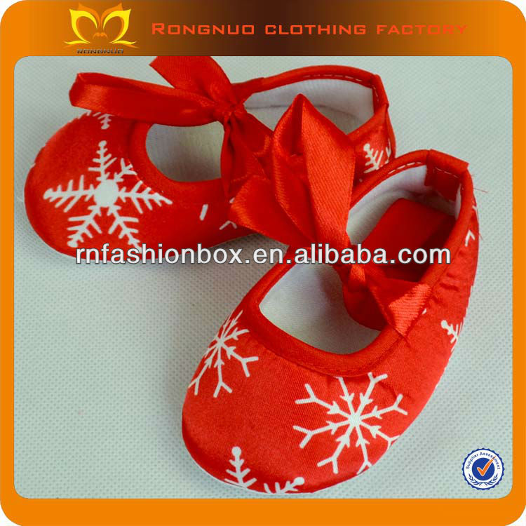 Stylish Red With Snow Print Baby Walker Shoes Comfortable Baby Won Shoes European Baby Shoes For Kids