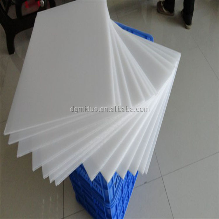 Plastic pp corrugated honeycomb cardboard sheet