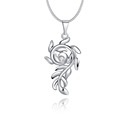 2017 Fashion Jewelry Neck Silver Color Cute Leaf Pendant Necklace with Pure Crystal Necklaces Best Valentine's Day Gift