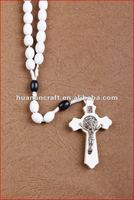 religious rosary crucifix cross statue keychain pendant wooden beads souvenir decorative wall clock