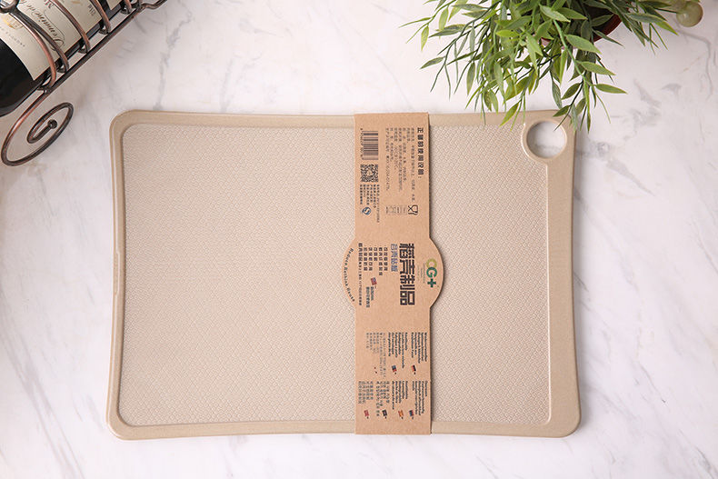 FDA natural finish square bamboo cutting board with handle