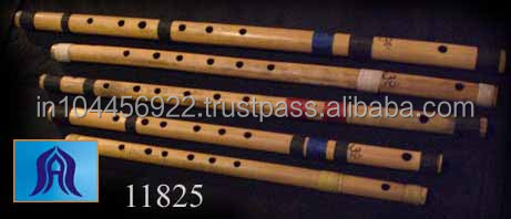 DECORATIVE WOODEN FLUTES PLAYING