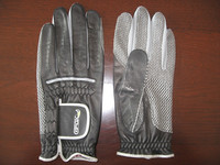 Customized golf gloves of high quality