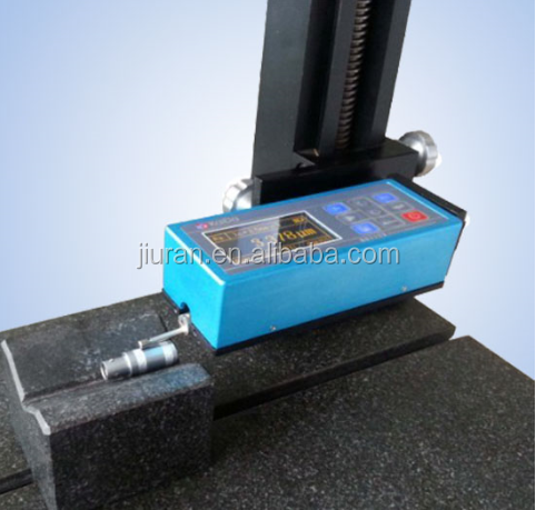 Portable surface roughness measuring instrument