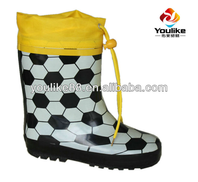 YL-1237 Cheap kids football printed rain boots with yellow nylon cuff