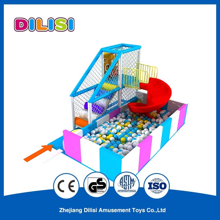 2016 Customized Colorful Indoor Kid Plastic Play House with Curved Slide