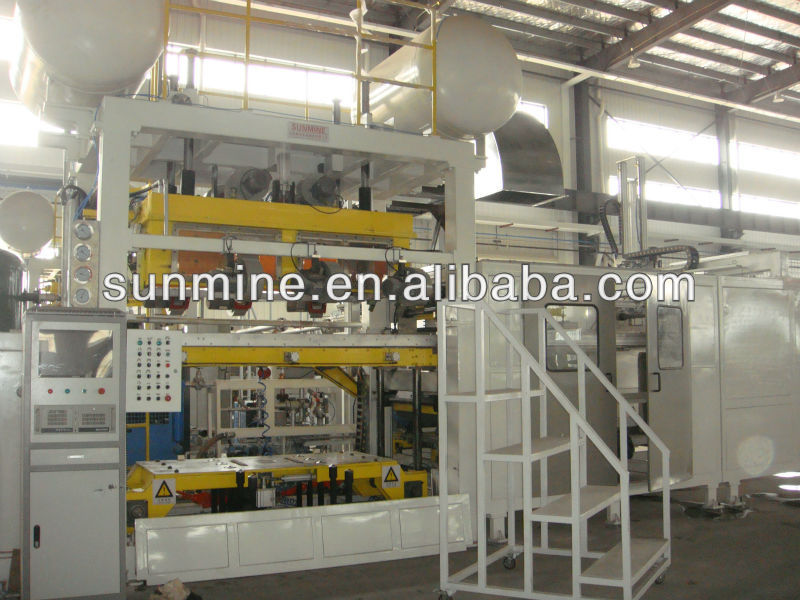 four station vacuum thermoforming machine