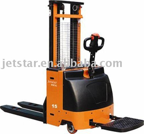 Self Propelled Stacker Truck HL1545 | Max. lifting height 5500mm