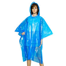 2018 Fashion Poncho Rain Coat Disposable PE Raincoats Cheap Good Quality Womens Ponchos for Promotional