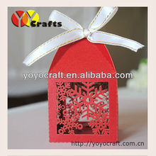 2014 Hot sale! laser cut snow flake shape red wedding favor box with various colors from yoyocraft