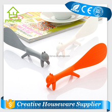 FY5004 Fashionable Cheap Rice Serving Spoon Squirrel Shape Kitchen Plastic Rice Utensils