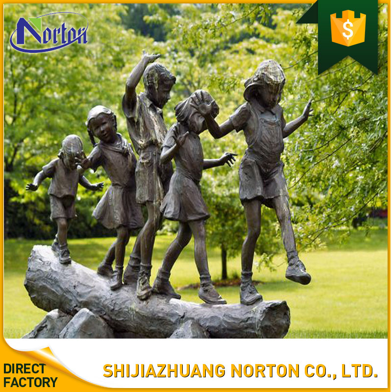 Outdoor Playing the game life size bronze child sculpture/statue NT--BCA016