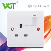 Widely Used Made In China VGT 50000 times french wall socket with switch