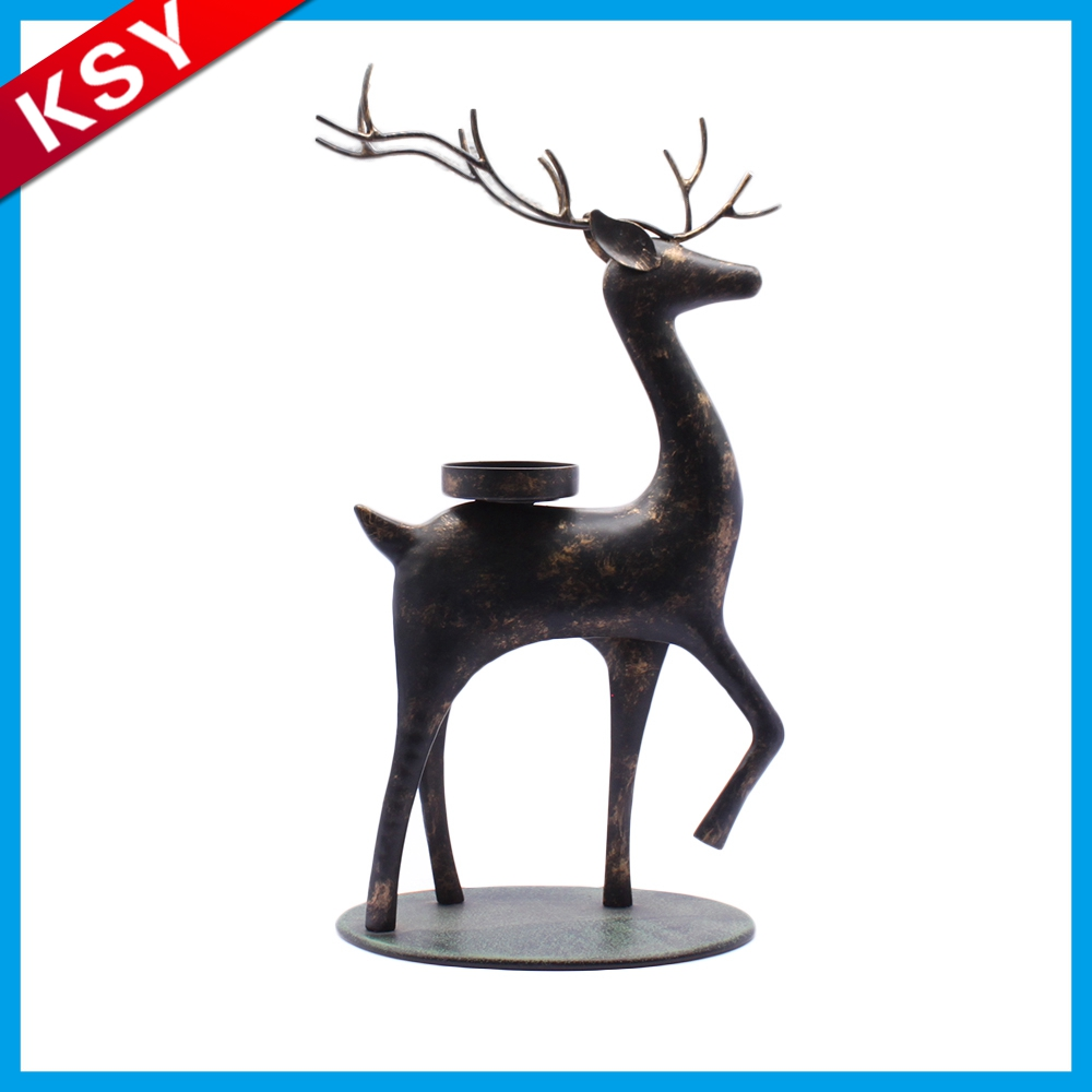 2017 Best Selling Fashionable Design Wholesale Lattice Heart Shape Metal Deer Thin Candle Holder oriental lantern