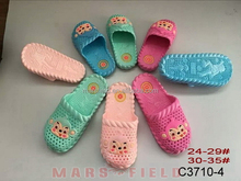OEM plastic garden shoes cross shoes