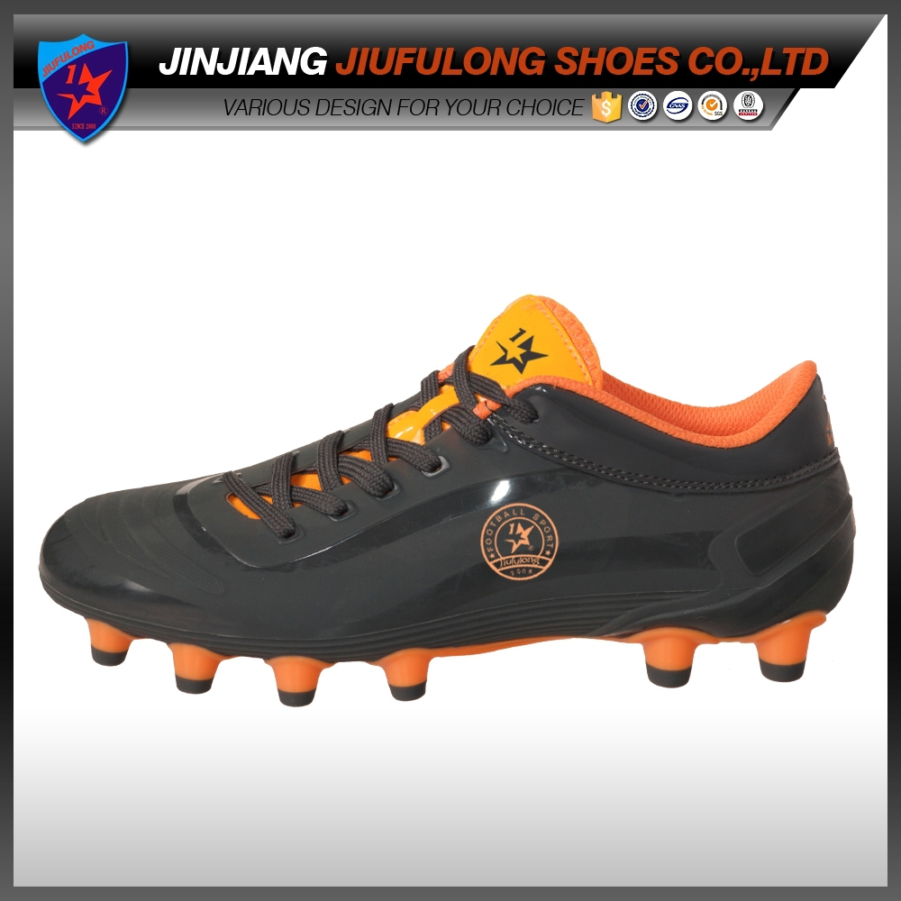 World Cup Fashion Outdoor Sport Spike Injection Men Football Shoes Cheap Soccer Cleats Manufacture