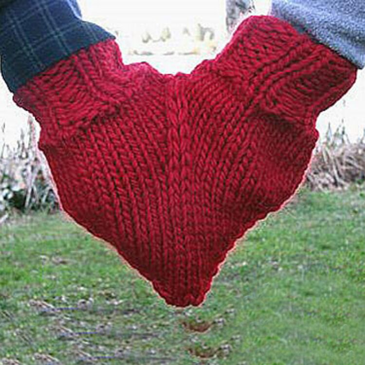 Knitting Pattern For Hand Holding Mittens : Holding Hands Knitted Mittens/dual Valentine Gloves For Lovers Holding Hands ...