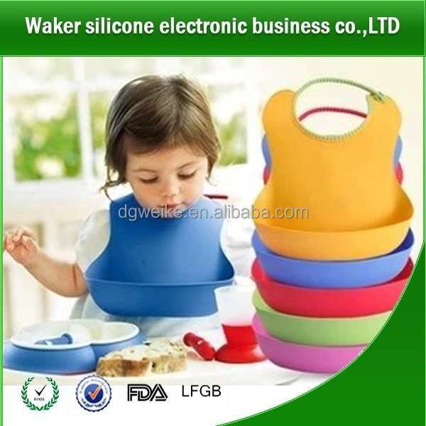 2017 latest hot sale baby product waterproof soft touch non-toxic for baby crumb catcher silicone kids bids with pocket