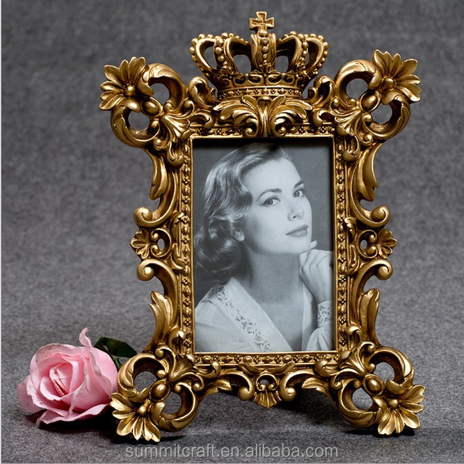 Antique golden crown baroque picture frame