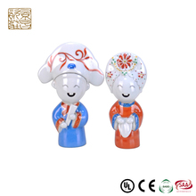 Exquisite fashion gifts ceramic craft decorations dancing sculpture love wedding couple statue figurine wedding favors