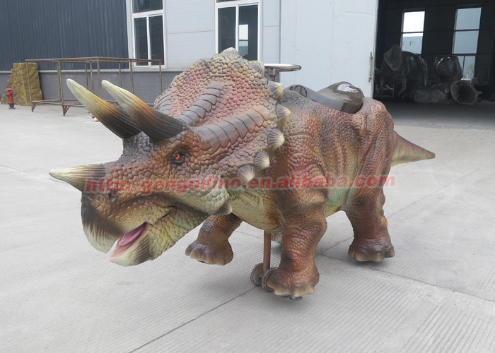 outdoor walking animated dinosaur ride