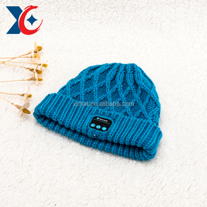 Concise design bluetooth beanie hat with headphone