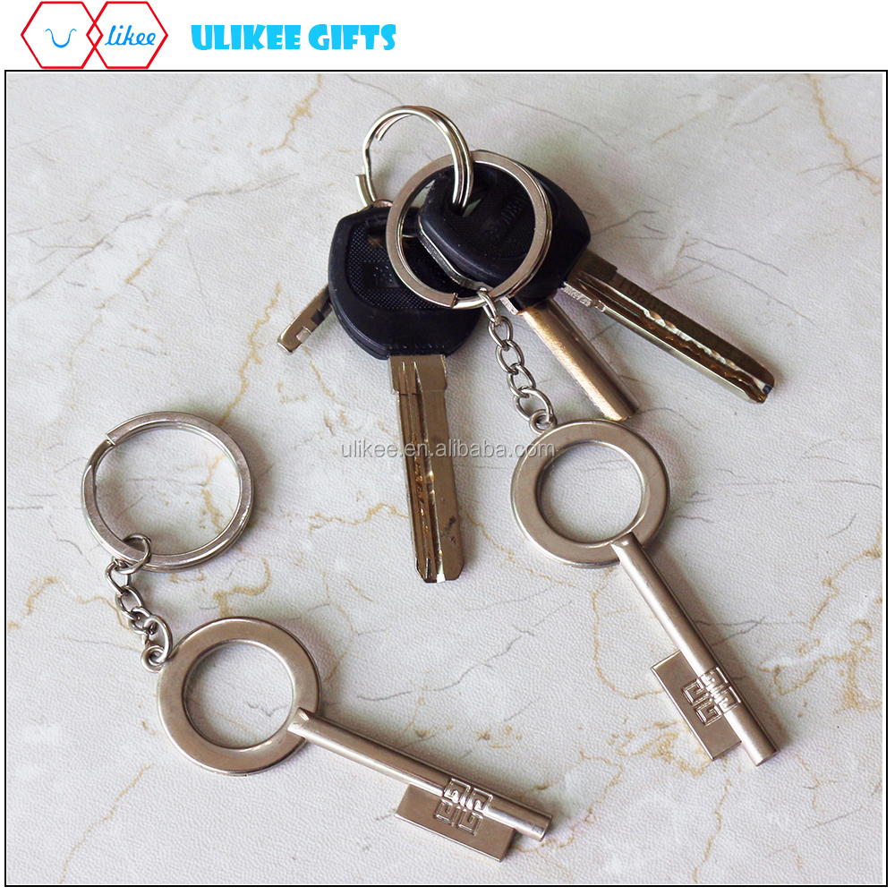 Nice quality wholsale custom metal key shape keychain with big size ring for bags for hotel