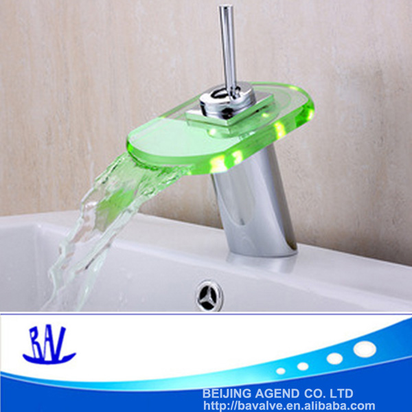 New Style mordern single handle waterfall LED faucet