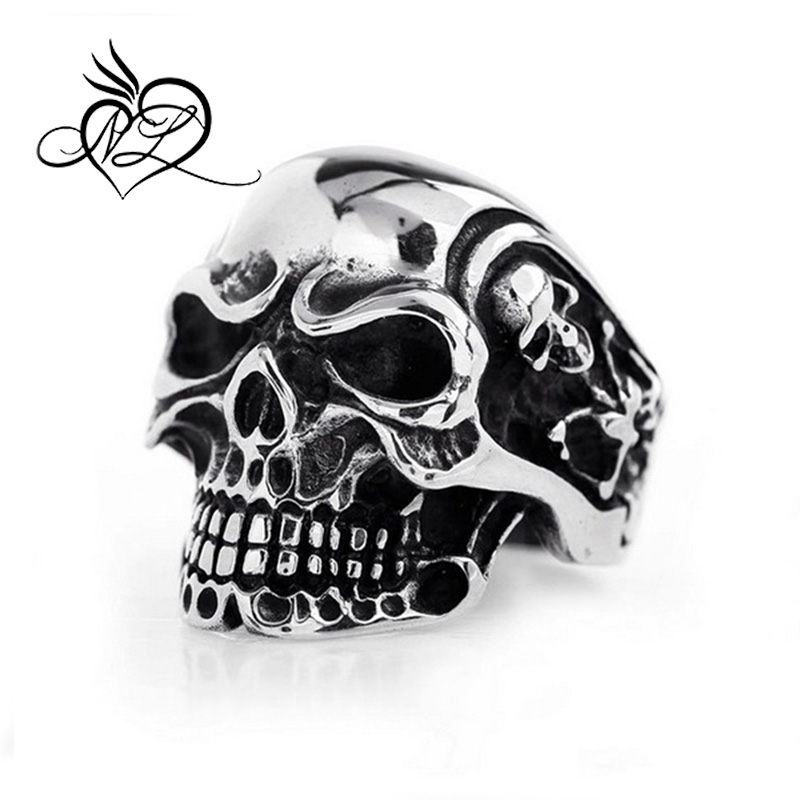 Large size man 's finger ring casting stainless steel skull ring
