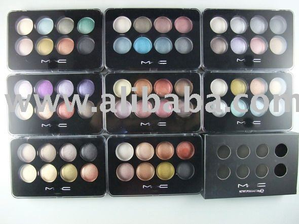 Cosmetics bags,brush,eyeshadow palette,blusher,mascara,eyeliner,lipgloss,lipstick,powder cake,foundation,nail polish,pigment