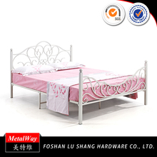 Best service simple assembly luxury household iron beds