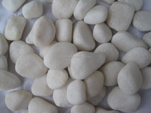 Snow white pebbles polished no waxing