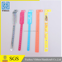 Hot selling pvc snap wrist band with metal steel pvc slap wristband