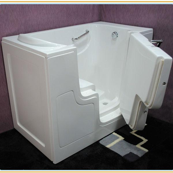 badewanne mit t r leicht zugang f r behinderte menschen. Black Bedroom Furniture Sets. Home Design Ideas