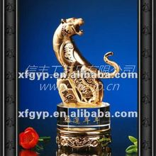 king style B, METAL OR RESIN lucky tiger METAL TROPHY