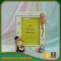 Different Home Decorative Polyresin Display Crafts Photo Frame