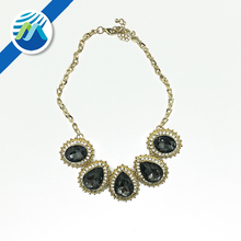 Hot Sale Wholesale Fashion Luxury Black Rhinestone Necklace Crystal Pendant for Women
