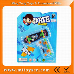 Cheap price mini toy for promotional toy finger skateboard with ramp