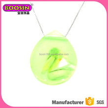 Magnetic resin and wood used in jewelry best pendant necklace