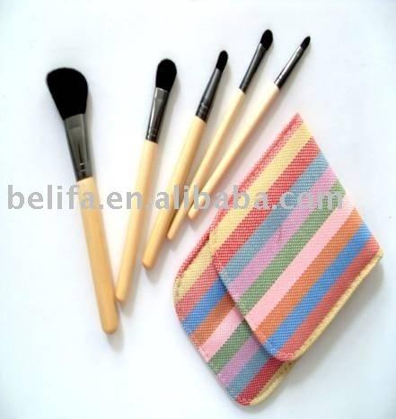 nylon and goat hair bamboo handle cosmetic brushes kit with powder brush,eye shadow brush, eye brush